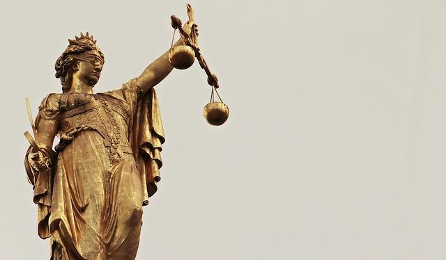 Justitia_CRG_Columna