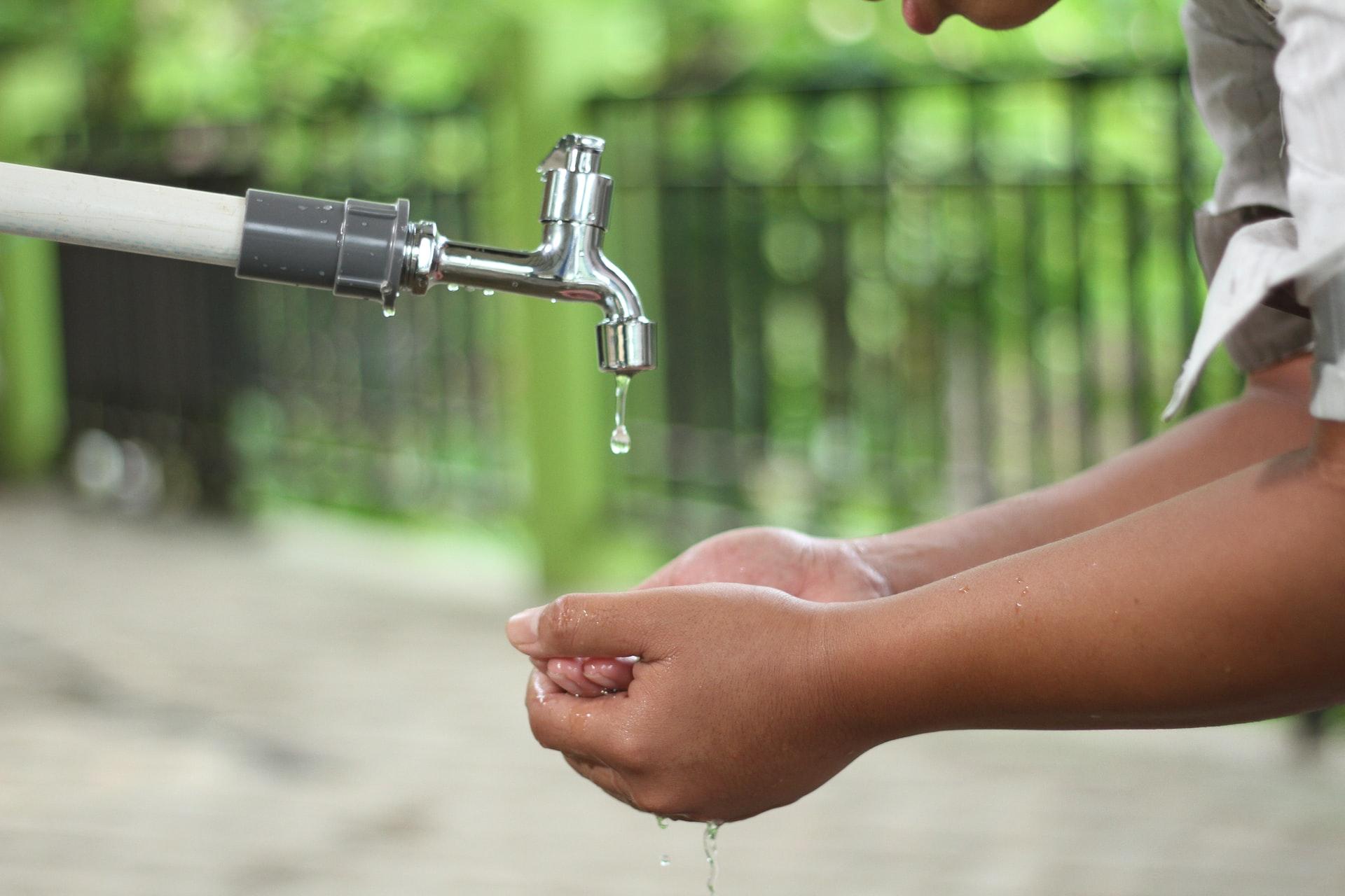 garantizar el mínimo vital de agua durante la pandemia. l
